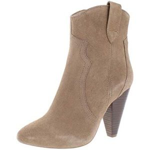 Steve Madden Pettrra Heeled Boots Size 6.5